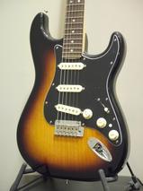 [新品] Fender Deluxe Strat 2CS/R実用性/コストパフォーマンスに優れるデラックスシリーズ!