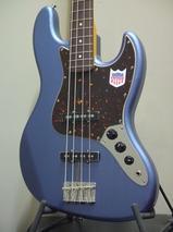 [完了品チョイキズ特価]Fender Japan Exclusive Classic 60s Jazz Bass USA Pickups Old Lake Placid Blueボディカドに小さな打痕が1点あるため特別価格です!